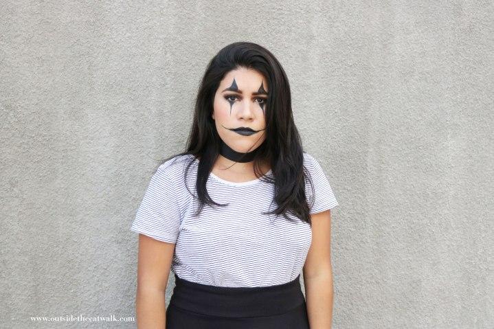 outside-the-actwalk-halloweenr